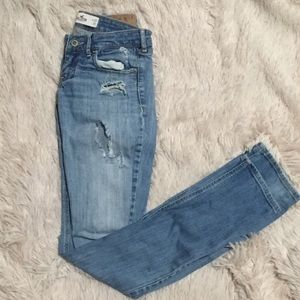 Hollister Distressed Blue Jeans Size 26